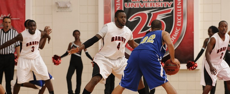 Men's Basketball Speared By Tritons