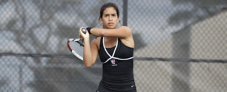 Women's Tennis Sweeps Seahawks To Start Season