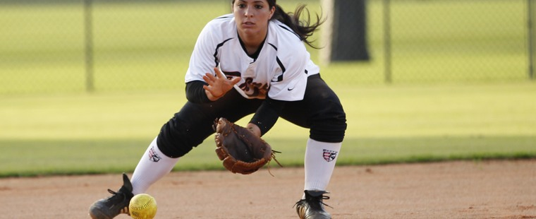 Softball Goes Extra Innings To Beat Panthers