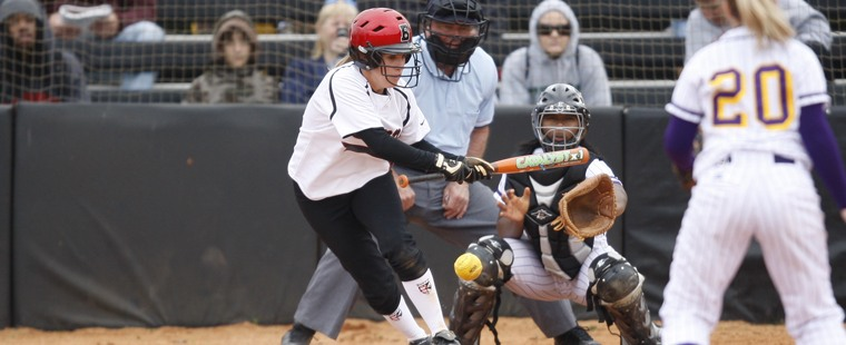 Softball Completes SSC Sweep Over Panthers