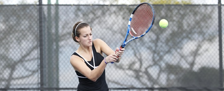 Women's Tennis Topples Another Top-10 Opponent