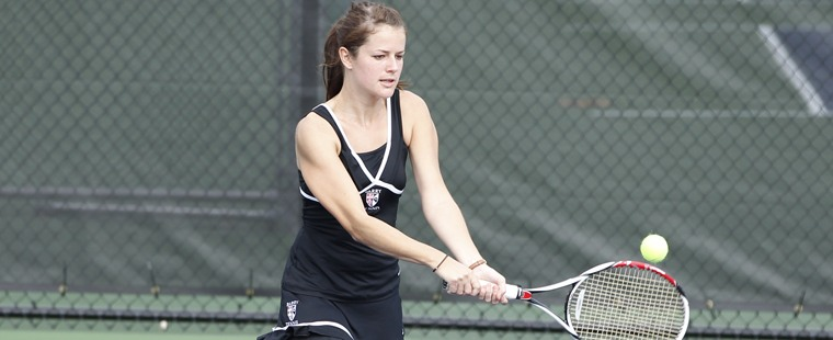 Women's Tennis Sweeps Toledo