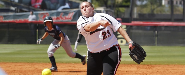 Softball Bitten By Long Ball In Loss To Mocs
