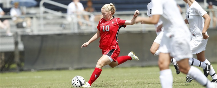 Women's Soccer Comes From Behind To Top Sailfish