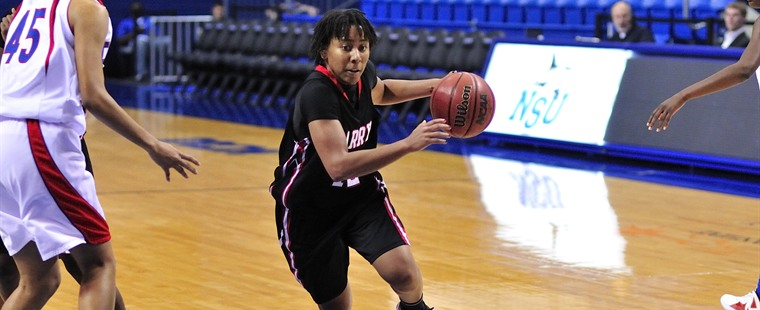 DeBerry Propels Women's Basketball To Last Second Win