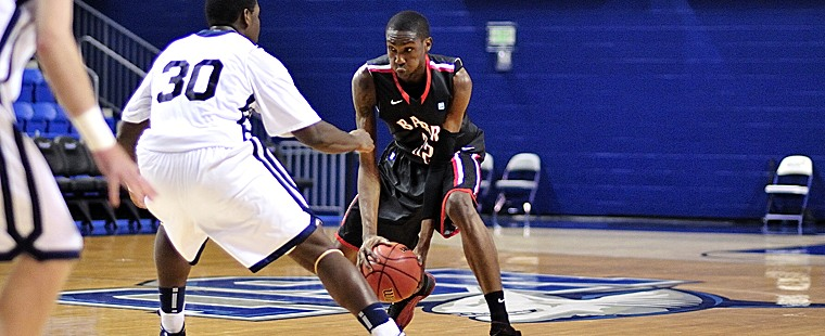 Men's Basketball Falls On The Road To The Sailfish
