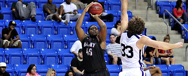 Buccaneers Hold on for Men's Basketball Win Over Missouri S&T