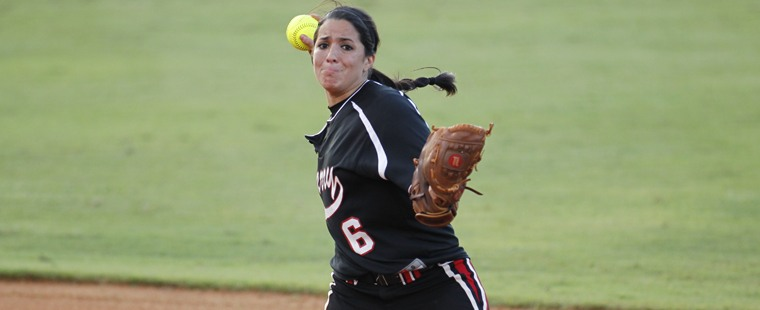 Softball Wins Twice On Day Two At Eckerd College Tournament