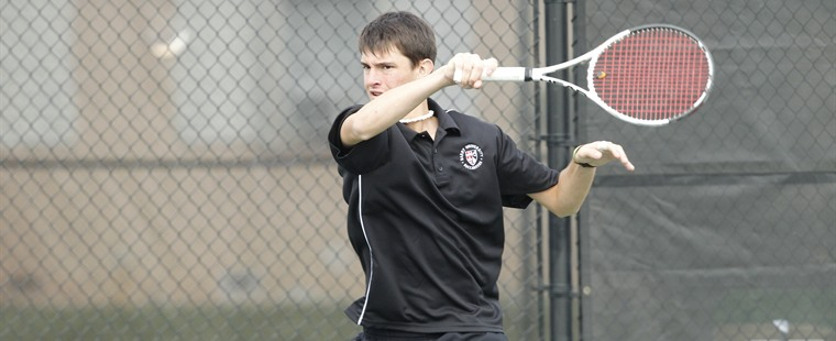 Men's Tennis Rolls Over St. Thomas