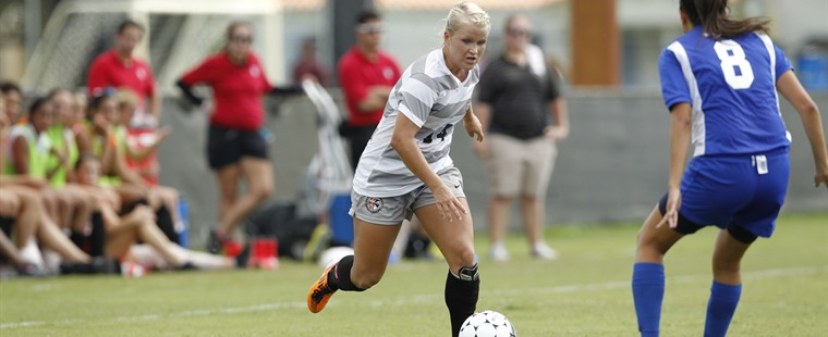 Women's Soccer Edged By Tars