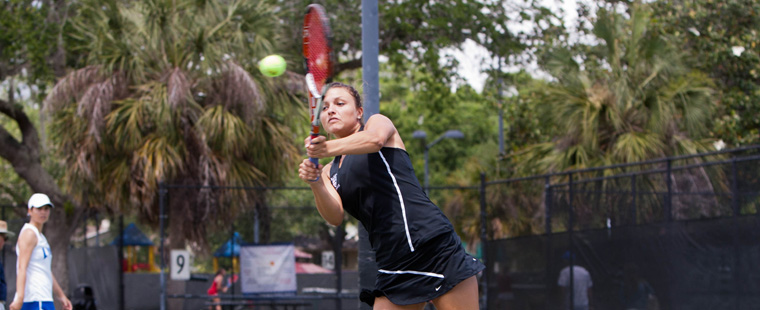Women's Tennis' Mansour, Matuszak Move on at Miami