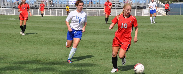 Women's Soccer Tops Lynn In Boca Raton