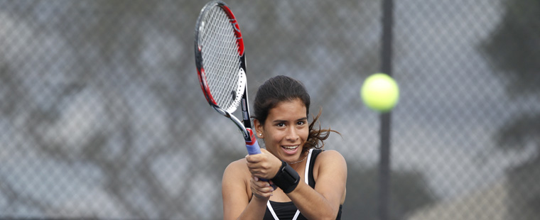 Maehama, Fritschken Claim Women's Tennis Wins at FIU