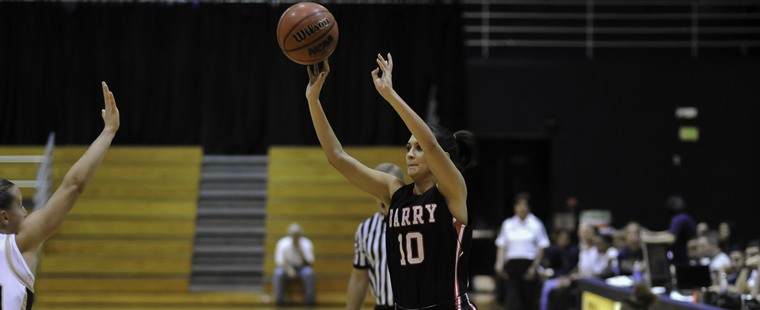 Women's Basketball Weathers Hurricanes For Win In First Game