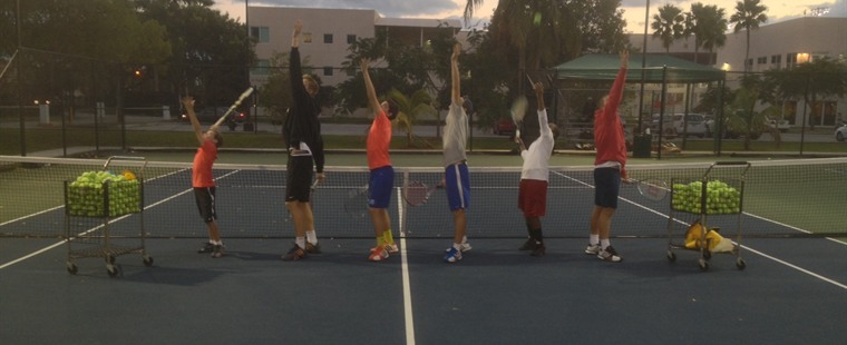 Men's Tennis Hosts Free Clinic