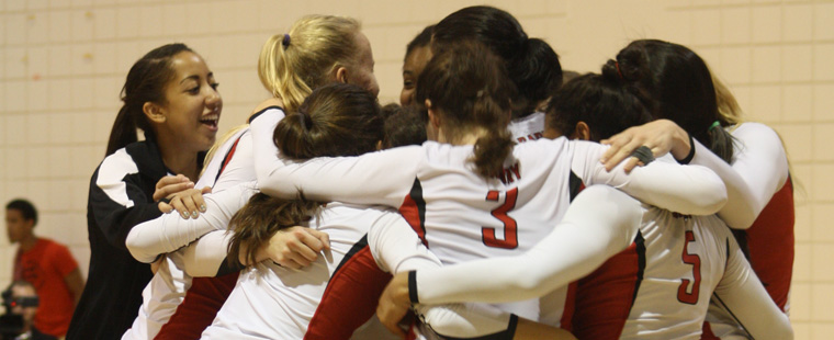 Barry Volleyball Season Comes to Close