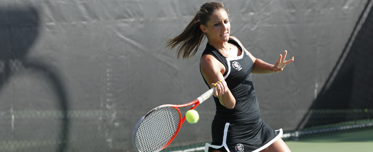 Women's Tennis Sweeps No. 2 Embry-Riddle