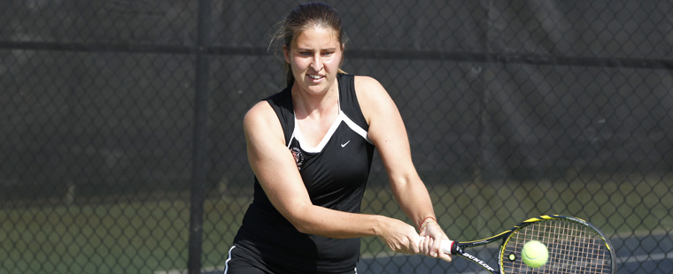 Women's Tennis Takes Down Division I North Florida