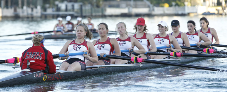 Rowing: Varsity 8 Named SSC Boat of Week