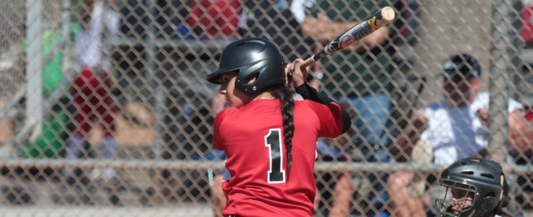 Softball Splits Doubleheader With 7th-Ranked Tars