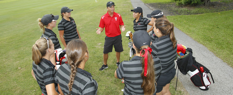 Women's Golf Ranked 6th in Nation