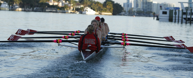 Rowing's 8 Named SSC Boat of Week