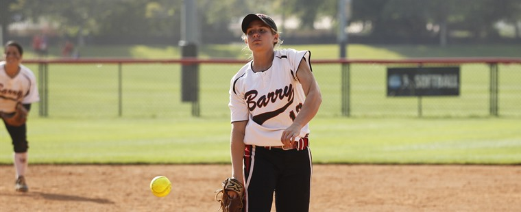 Softball Splits With Lynn