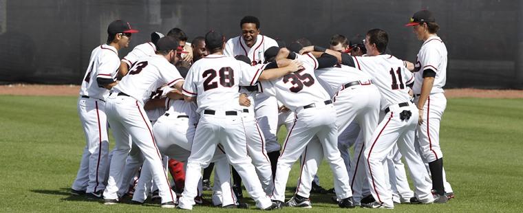 Baseball Honors Nine Seniors This Weekend