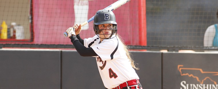 Softball Closes Season With Sweep of Tritons