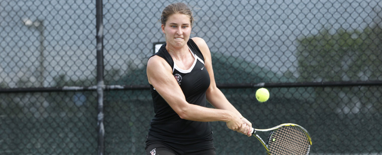 Women's Tennis Moves on Past Midwestern St.