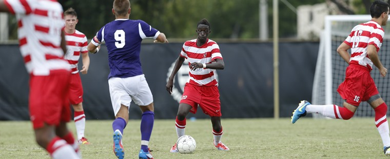 Men's Soccer Chips Past Mocs To Start SSC Play With Win