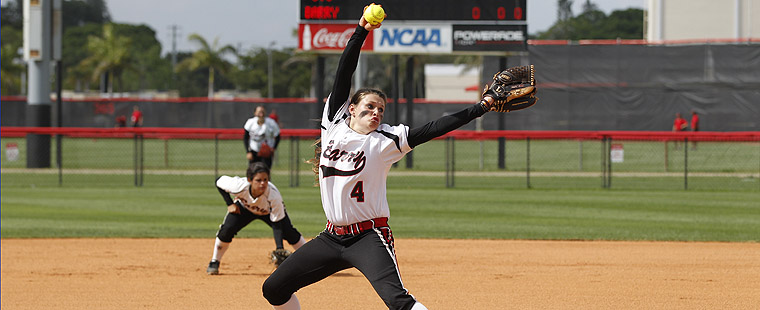 Softball Cruises To Sweep Over Kentucky State