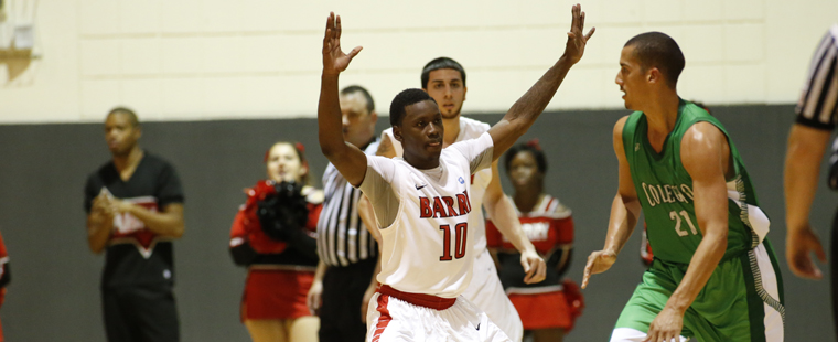 Men's Hoops Turn Tables on Sharks