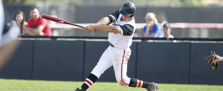 Baseball Defeats Panthers In Extra-Innings Thriller