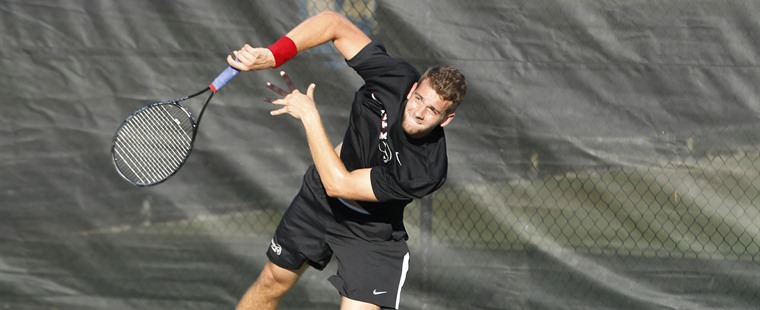 Men's Tennis Dispatches UC-San Diego to Remain Perfect
