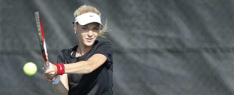 No. 3 Women's Tennis Handles No. 7 Argos