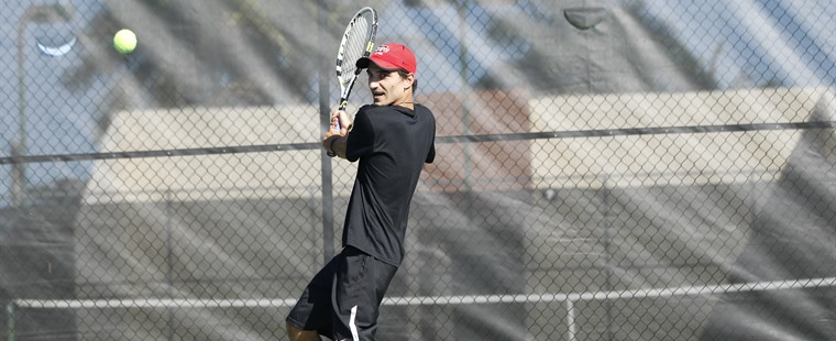 Men's Tennis Trips up No. 2 Auburn-Montgomery