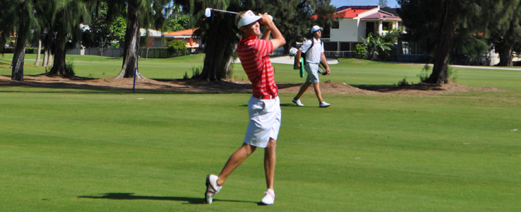 Men's Golf Holds Lead at SSC Championships