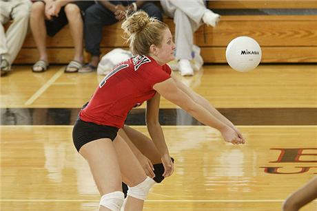 Volleyball Splits On Opening Day