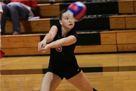 Volleyball Concludes Tourney With Another Split