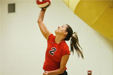 Volleyball Splits on Final Day of Rollins Invite