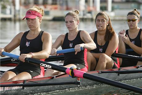 Women's Rowing Wins Varsity 4 Race at Florida Fall Classic