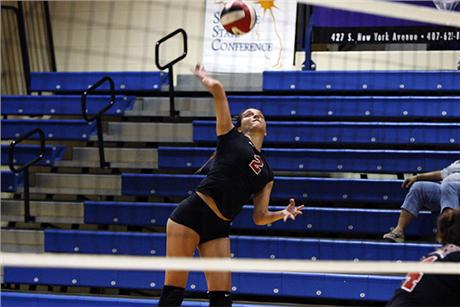 Volleyball Closes Out Season With Win Over Lions