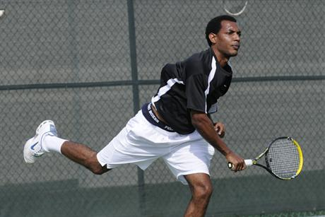 Men's Tennis Crushes Seahawks