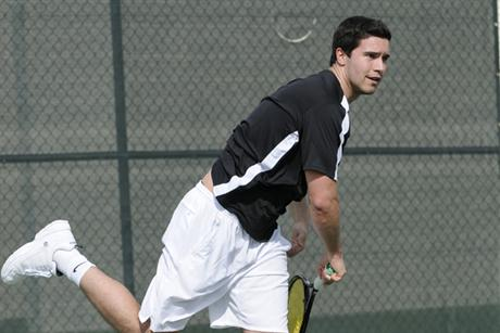 Men's Tennis Escape Hoyas 5-4