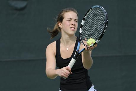 Women's Tennis Put Hoyas in the Pound 8-1