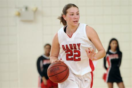 Women's Basketball Rallies over Knights