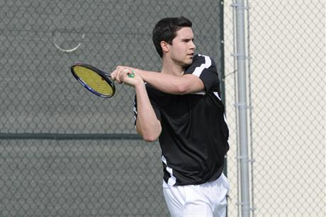 Men's Tennis Cruises Over Flagler
