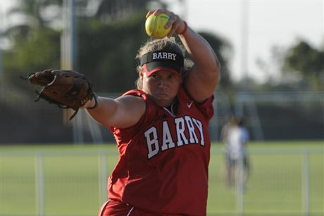 Softball Breaks Record For Consecutive Wins With Pair Of Shutouts