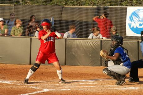 Softball Opens Up NCAA D-II South Regional In Grand Style